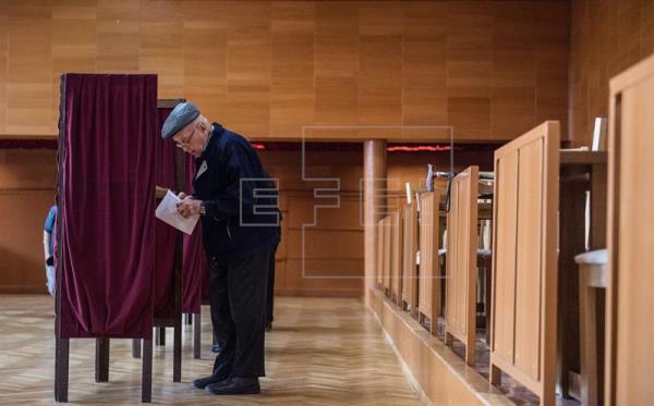 Alta participación en las elecciones generales en Eslovaquia