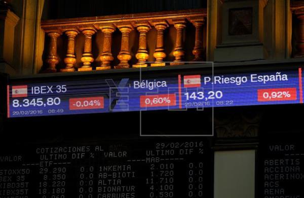 La Bolsa española recoge beneficios y abre con una caída del 0,30 %