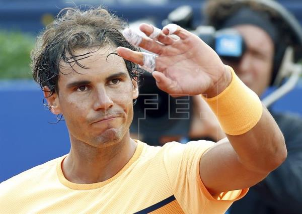 Nadal gana el partido aplazado ante Bolelli y avanza a segunda ronda
