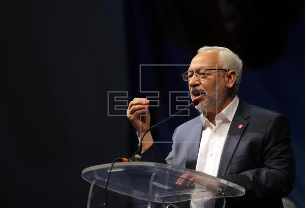 """Página web implica al líder islamista tunecino en los """"papeles de Panamá"""""""