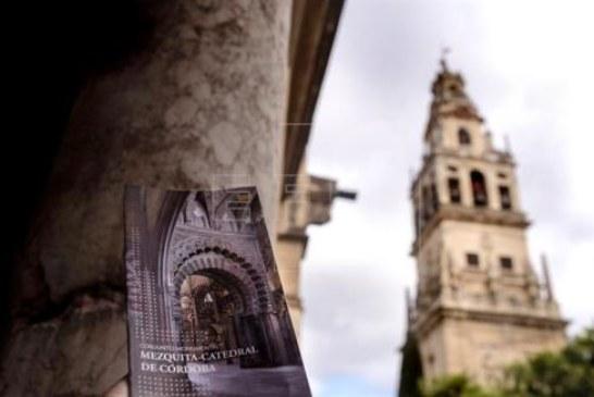 "Moneo recalca que Mezquita-Catedral es ""testigo de la Historia de España"""