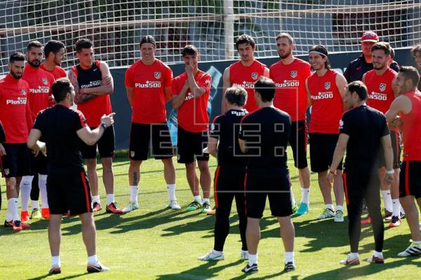 El Atlético ya enfoca al Chelsea; Diego Costa acudió a la Ciudad Deportiva