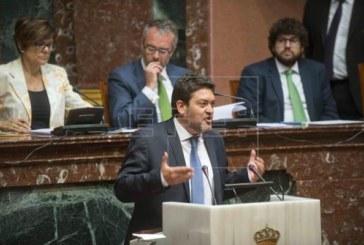 Cs Murcia busca 3 diputados de PSOE o Podemos para plantear la moción de censura