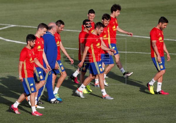 Los dos descartes de Del Bosque saldrán de Madrid y Atleti