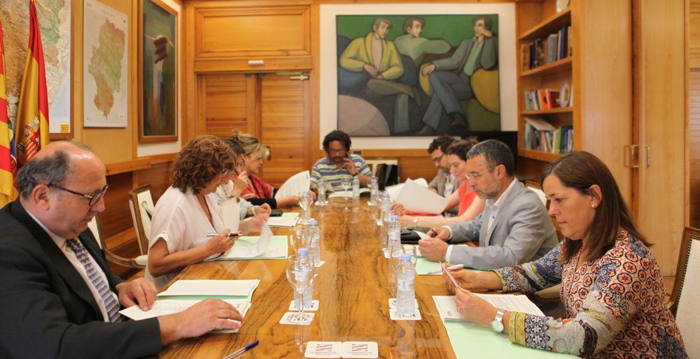 Navarra y Aragón abren una línea de colaboración en materia de servicios sociales