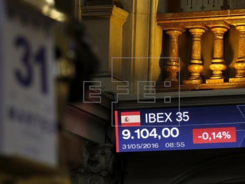 La Bolsa española inicia junio plana, con una leve caída del 0,10 por ciento