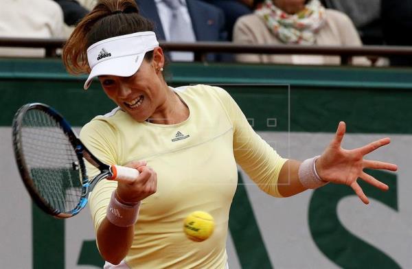 Muguruza somete a Sharapova y se planta en semifinales ante Halep o Kerber