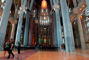 La Sagrada Familia será «el Santiago del siglo XXI», según el biógrafo de Gaudí