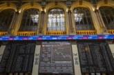 El IBEX pierde un 1,12 % y los 10.100 puntos por banca y la tensión en Italia