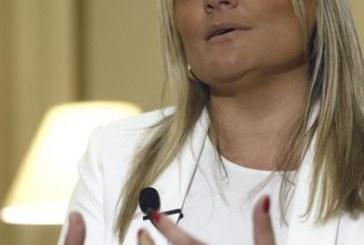 La presidenta de la Fundación Víctimas del Terrorismo exige la disolución «incondicional e inmediata» de ETA