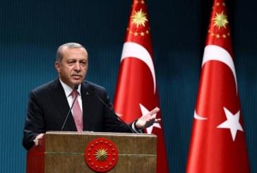 Erdogan gana el referendum para reforzar su poder por un estrecho margen