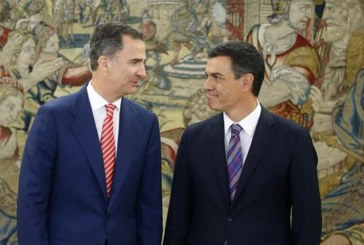 Sánchez explica al Rey el rechazo del PSOE a facilitar la investidura de Rajoy
