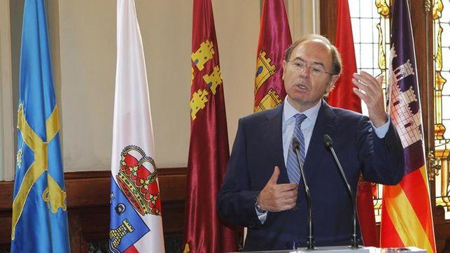 El PP mete a García-Escudero en la comisión constitucional para que presida la del 155