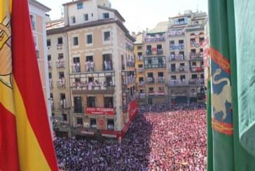Pamplona, preparada para el chupinazo de San Fermín