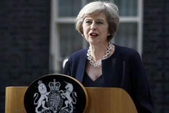 May: La posición del Reino Unido sobre Gibraltar no ha cambiado y no cambiará
