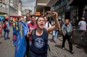 Maduro detiene a dirigentes políticos que quieren el revocatorio a su régimen chavista