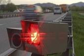 Un radar detecta un coche fúnebre a 130 km/h con el chófer sin puntos del carné