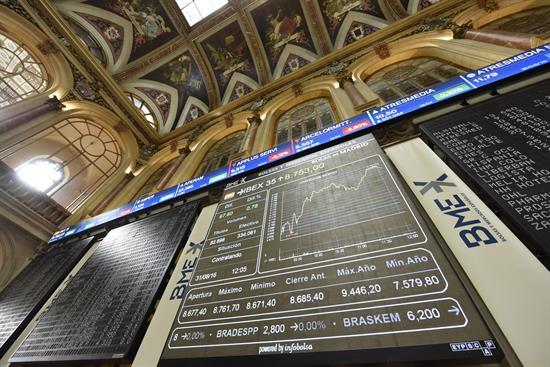 La Bolsa española recupera los 10.100 puntos tras subir un 0,22 por ciento