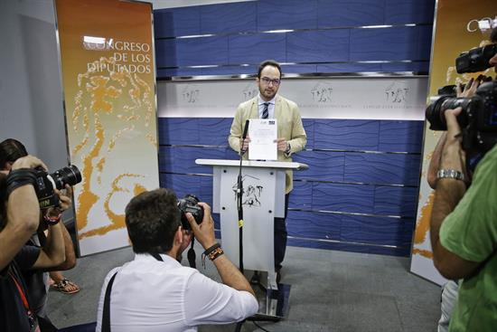 El PSOE cierra la puerta a un pacto con Podemos apoyado por independentistas