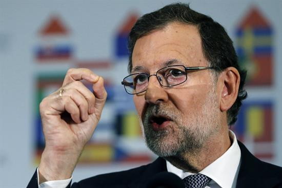 Rajoy felicita a Trump y valora a EEUU como socio indispensable para España