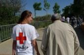Cruz Roja atiende a más de 7500 personas mayores cada año