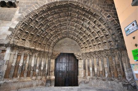 UPN insta al Gobierno a reanudar de inmediato la rehabilitación de la Puerta del Juicio de la Catedral