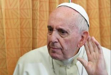 El papa cree que la ciencia «tiene límites que respetar» por el bien del hombre