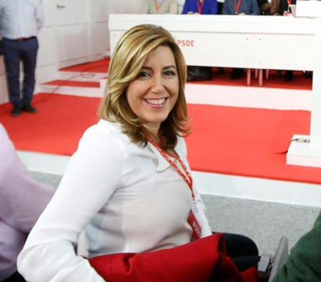 Susana Díaz reconoce que da un «valor enorme a los avales»