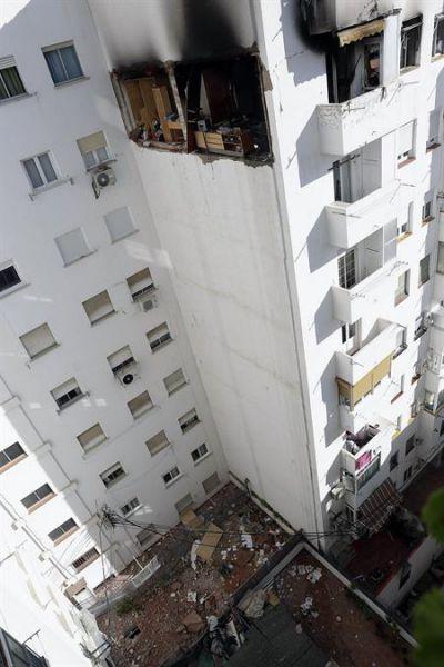 Dos heridos, uno grave, en una explosión de gas en Zaragoza
