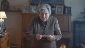 Se suman a las críticas al anuncio de Lotería por la imagen de los mayores