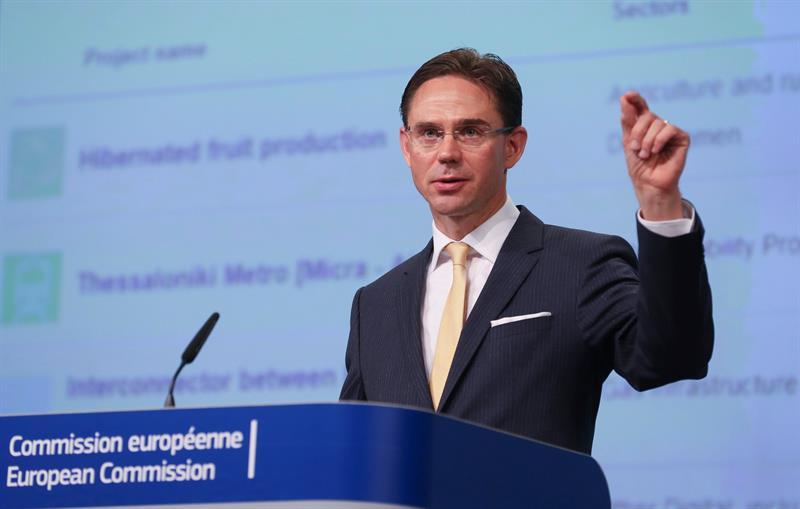 """El acuerdo comercial UE-EEUU entrará en una """"pausa natural"""", según Bruselas"""