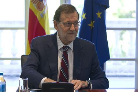 """Rajoy dice que Puigdemont ha hecho una """"purga"""" en su """"deriva autoritaria"""""""