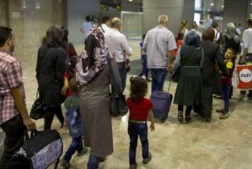 Llegan a Madrid 198 refugiados procedentes de Grecia