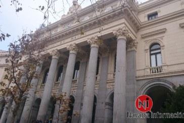 La Bolsa española baja el 0,41 por ciento a mediodía y pierde los 10.400 puntos