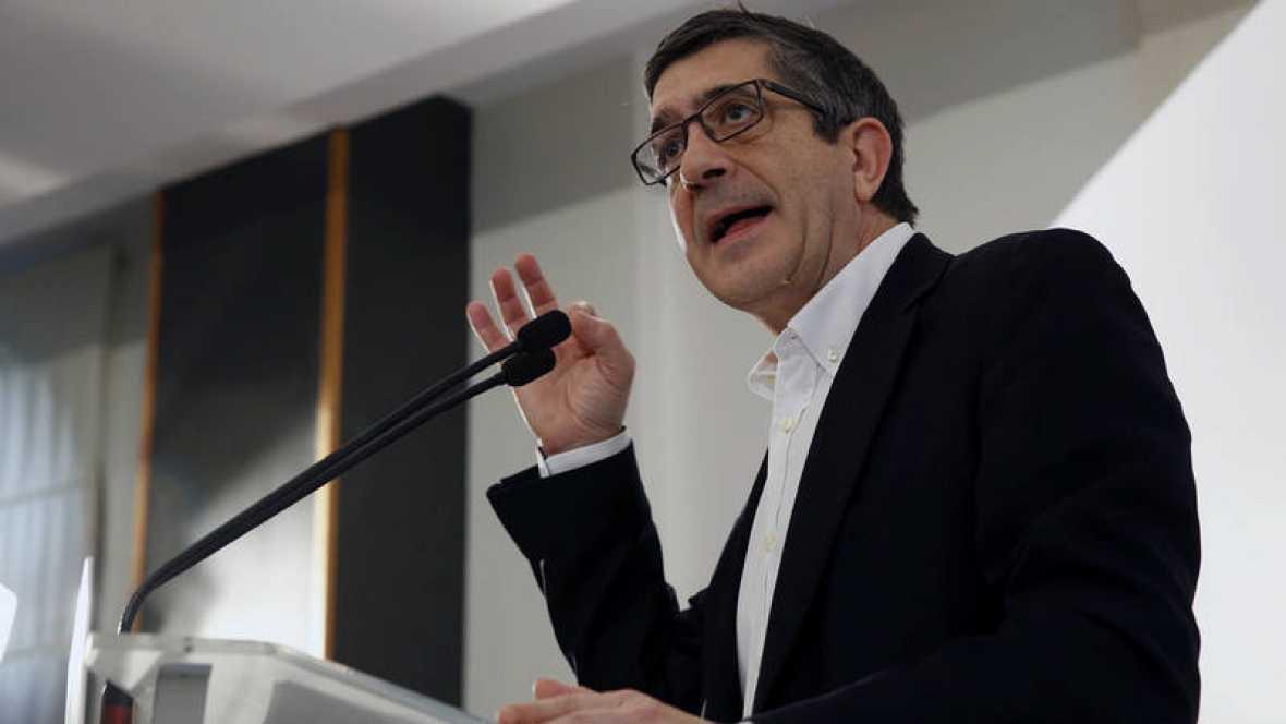 López pide al PSOE dejarse de «trifulcas» para ser «alternativa» a la derecha