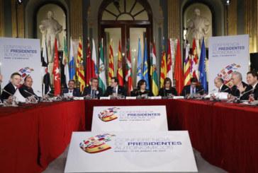 Rajoy advierte a las comunidades de que la recaudación está todavía 20.000 millones por debajo del 2007