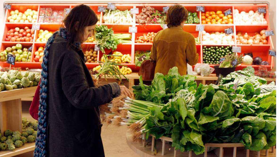 La inflación baja ligeramente al 1,1 por ciento interanual en abril
