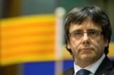 Puigdemont llama a la unidad soberanista para fundar un movimiento en otoño