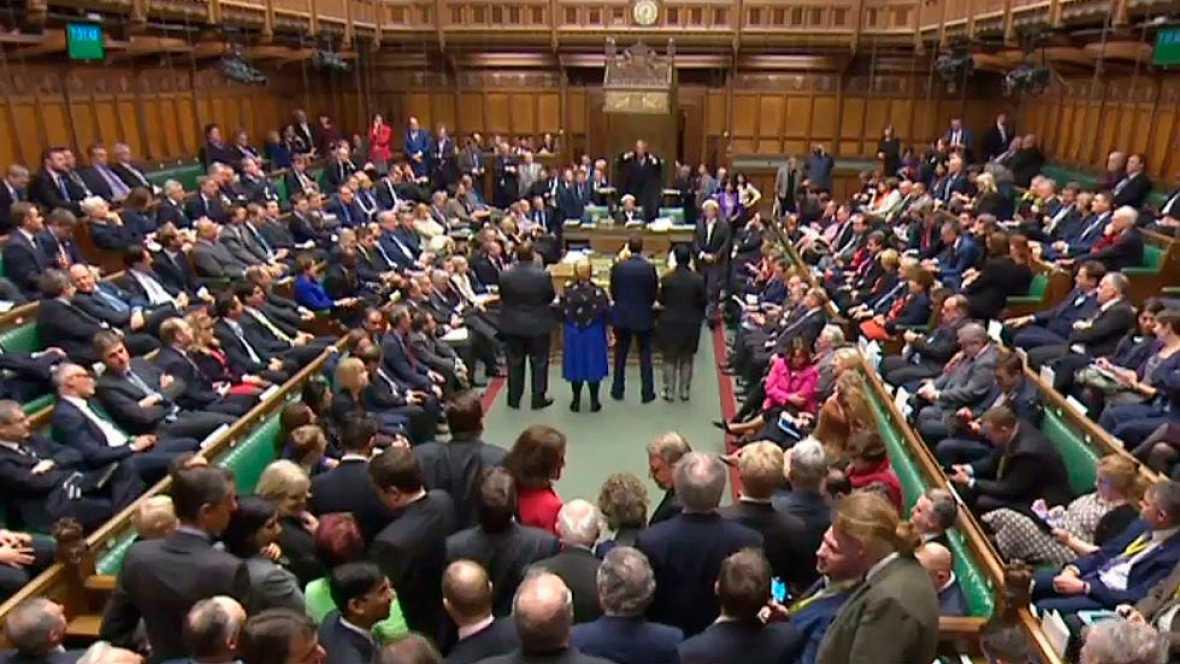 El Parlamento británico vota ocho posibles vías para desbloquear el 'brexit'