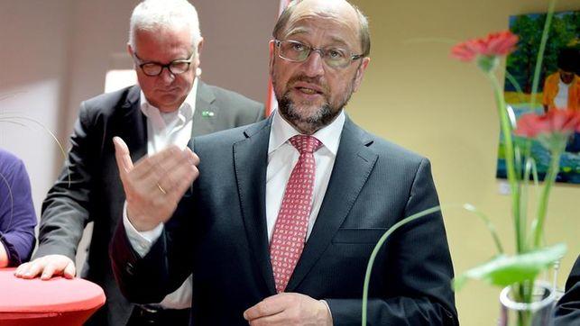Schulz lucha contra unos sondeos adversos con la confianza del que se ve canciller