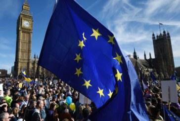 El 55 % de los británicos quiere otro referéndum del «brexit», según encuesta