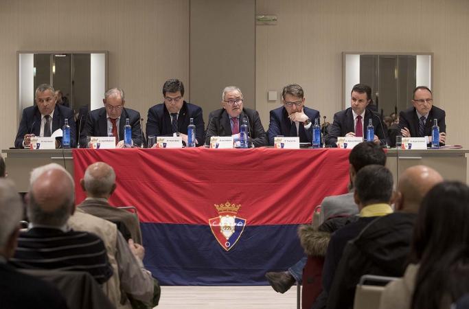 La asamblea de compromisarios de Osasuna decide esta tarde el calendario de las elecciones