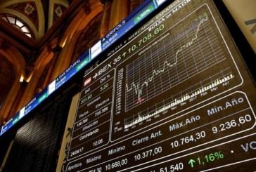 La Bolsa española revierte pérdidas iniciales animada por la banca y pendiente del Brexit