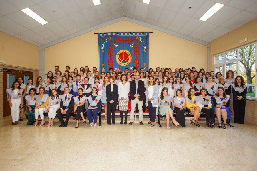 85 estudiantes finalizan el grado en Enfermería de la UPNA