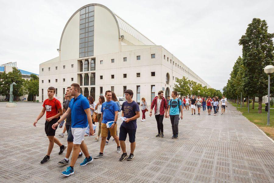 La UPNA iniciará las clases para las titulaciones de grado el lunes 4 de septiembre