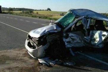 Fallece la conductora de 34 años tras chocar con un camión en Allo