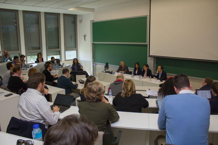 """Vicente Muñoz, en la Universidad de Navarra: """"En 2030 un trillón de cosas estarán conectadas"""""""