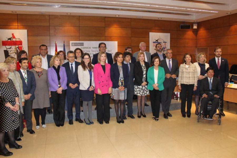 El Gobierno y las Comunidades acuerdan un modelo mixto de reparto de fondos sociales del IRPF