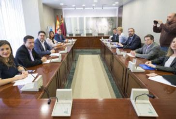 Cs y PP, sin acuerdo en eliminar aforamientos antes de investidura en Murcia