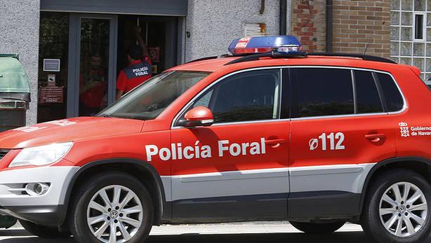 La Policía Foral detiene a cinco varones por diferentes delitos de malos tratos
